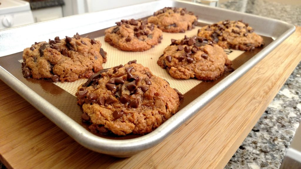 Gluten-Free Peanut Butter Chocolate Chunk Cookies // Tiny Kitchen Big Taste