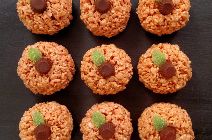 Pumpkin Rice Krispies Treats // Tiny Kitchen Big Taste
