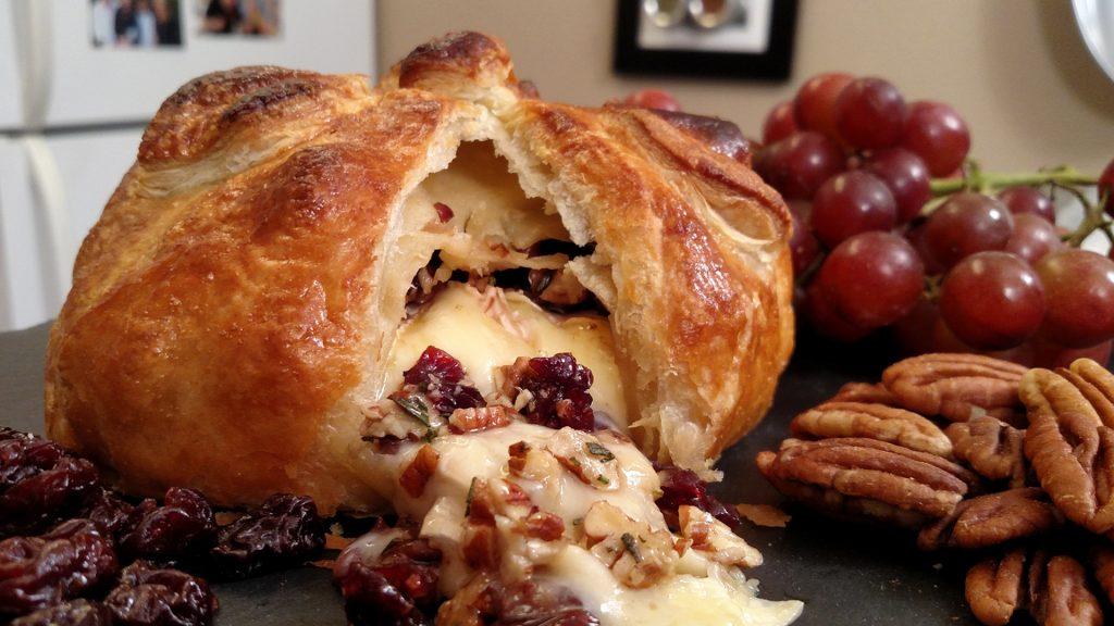Baked Brie // Tiny Kitchen Big Taste