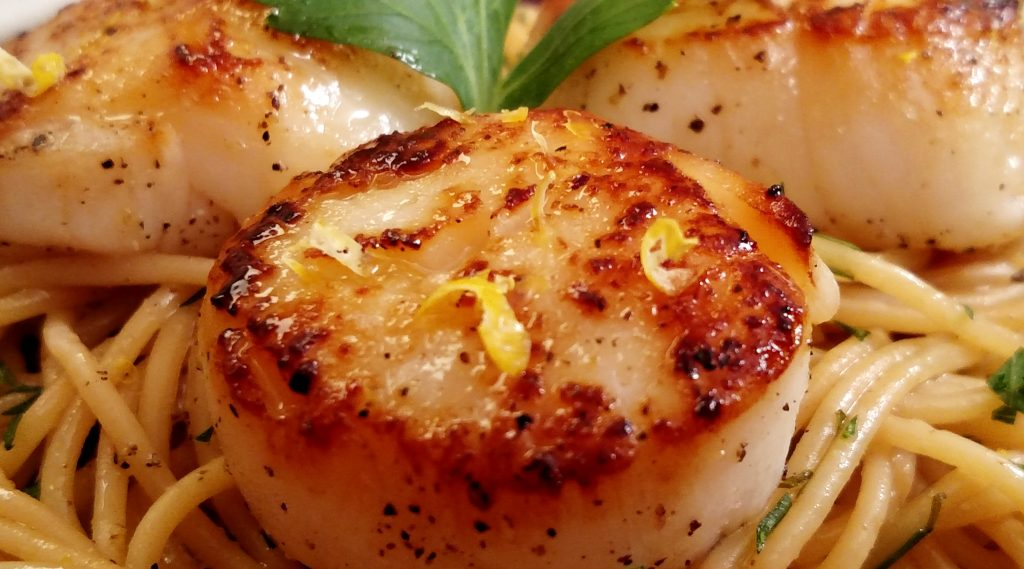 Seared Scallops // Tiny Kitchen Big Taste
