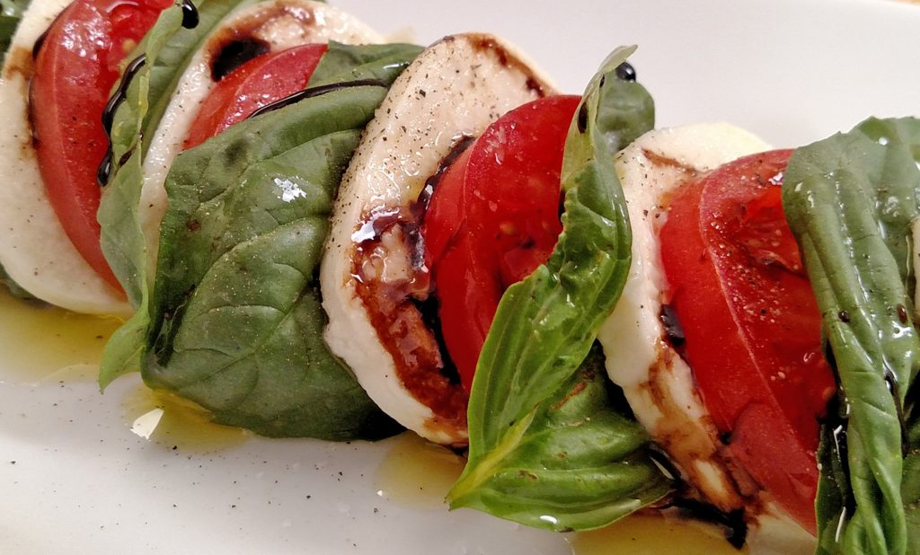 Caprese Salad with a Balsamic Glaze // Tiny Kitchen Big Taste