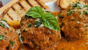 Meatballs // Tiny Kitchen Big Taste