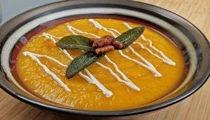 Roasted Butternut Squash Soup // Tiny Kitchen Big Taste